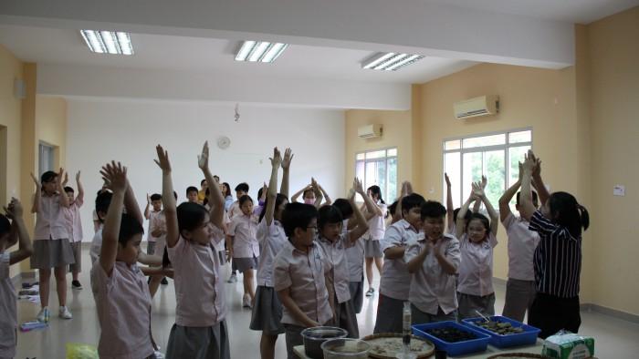 3. khởi động trước giờ học